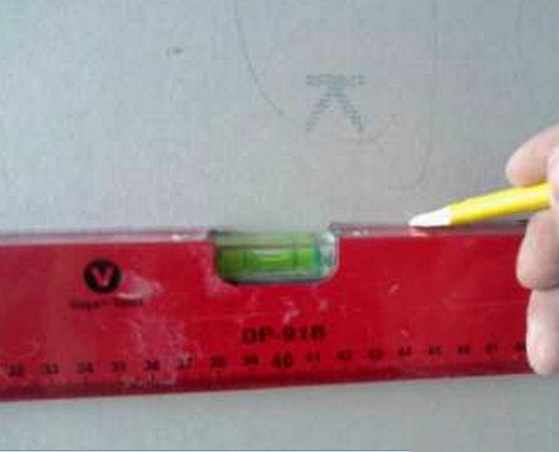 Разметка для изготовления каркаса для монтажа гипсокартона.