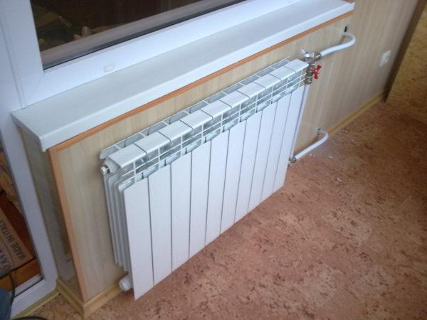 Установка батарей отопления в квартире своими руками
