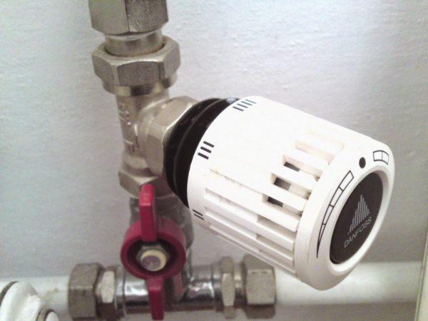 Термостат для отопления жидкостный
