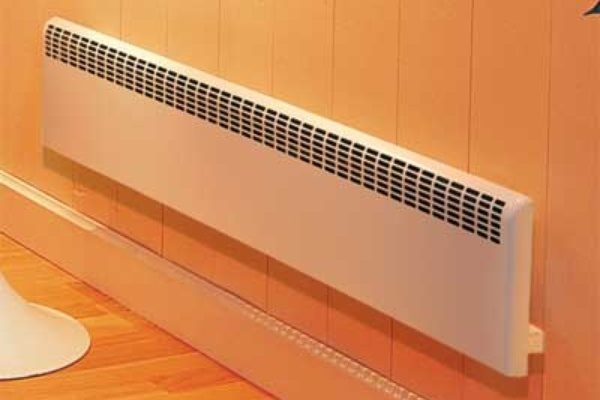 Радиатор с игольчатым теплонагревателем