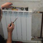Проверка правильности размещения радиатора в горизонтальной и вертикальной плоскостях