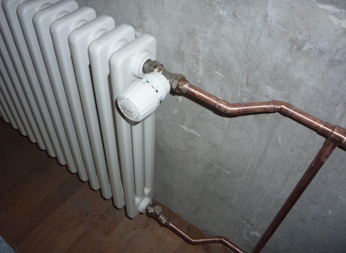 Терморегулятор на батарее отопления