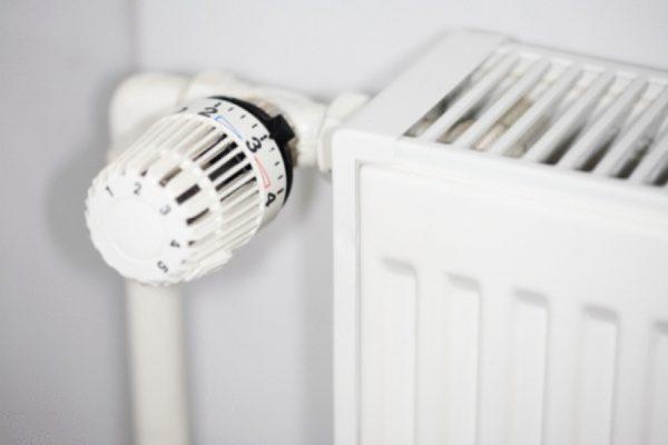 Правильное расположение терморегулятора для радиатора
