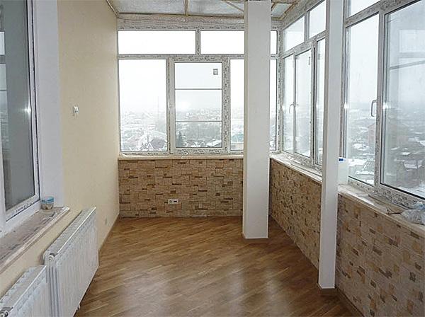 Варианты отделки стен балкона — разновидности и особенности применения материалов
