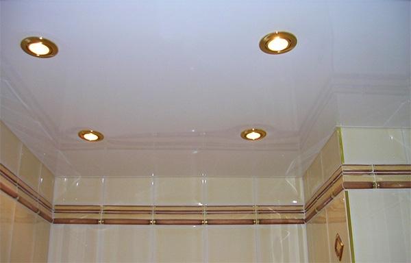 Идеи и рекомендации по оформлению интерьера маленькой ванной комнаты