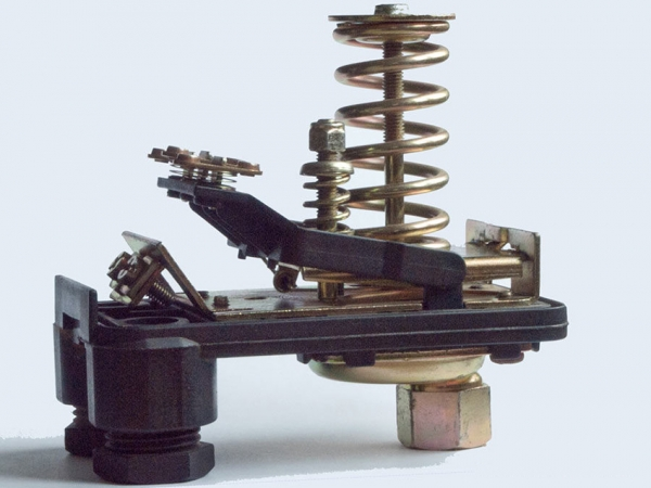 Реле давления для гидроаккумулятора: как правильно установить и настроить