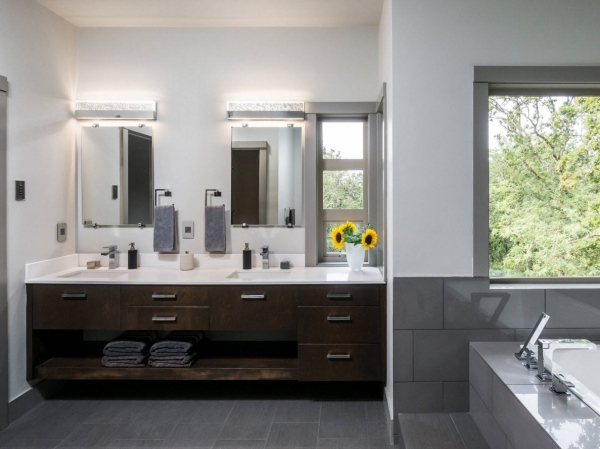 Плитка для ванной комнаты: 100 идей и новинок 2017 года